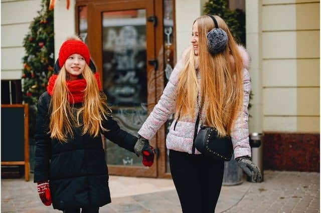 dedicatorias y frases cortas de feliz cumpleaños para una hermana